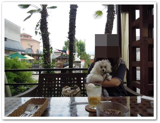 BHM'S CAFE7