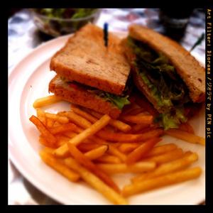 アイコモドのサンドイッチ